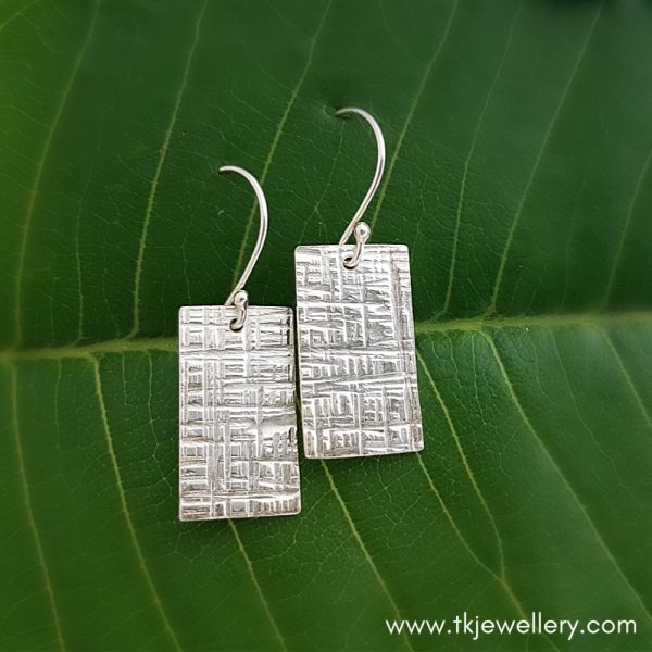 Sterling silver hammer-textured earrings